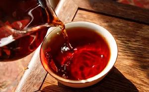 喝什么茶最适宜?普洱是个不错的选择
