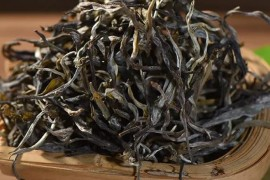 攸乐山普洱茶特点,基诺山普洱茶价格和古树茶
